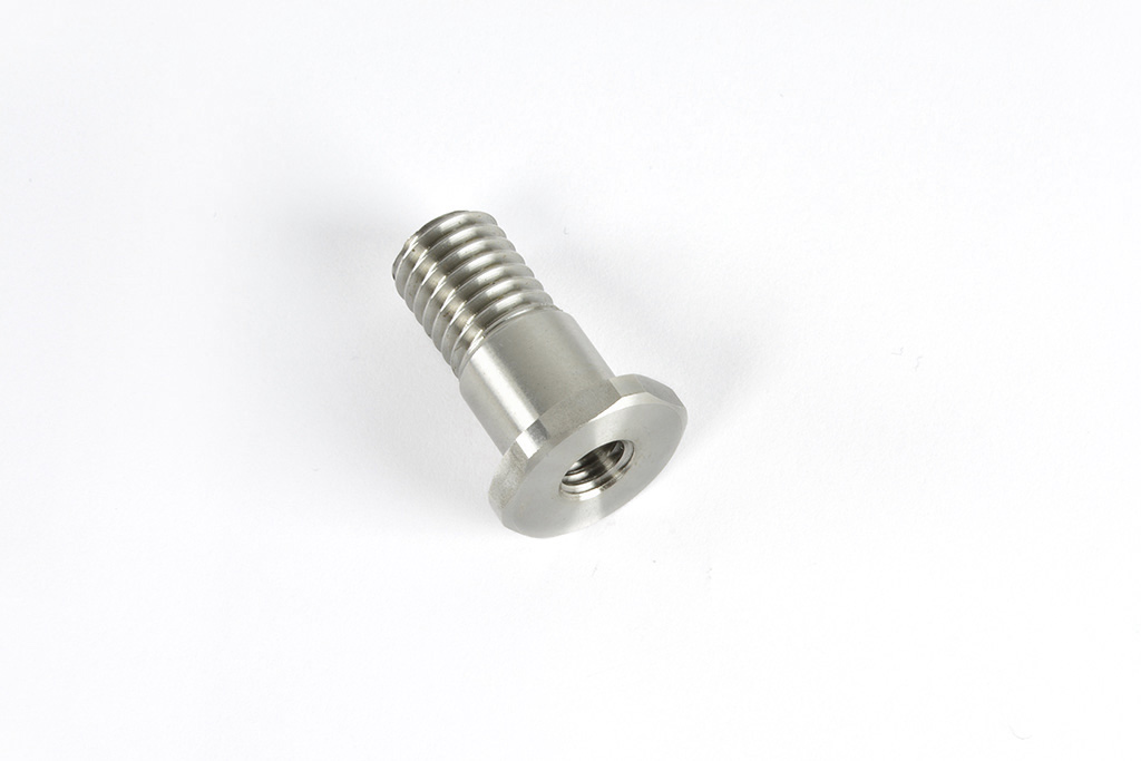 special machined screw on drawing, drilled with female GAS threaded male metric thread