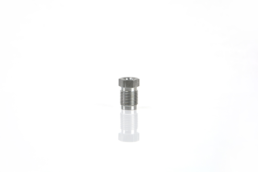 Metric thread fittings